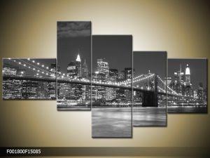 Päťdielna sada moderných obrazov o rozmere 150x85 cm s motívom čiernobieleho mesta